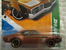 hot wheels 2011 treasure hunt olds 442 68 oldsmobile #8/15 ship max $13