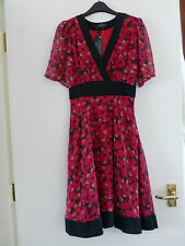 Red/Black Floral Jasmine Guinness Knee Length Dress Size 6 BRAND NEW With Tags.