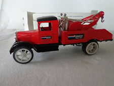ERTL AMOCO MOTOR CLUB 1931 HAWKEYE WRECKER  DIE-CAST METAL BANK TOW TRUCK
