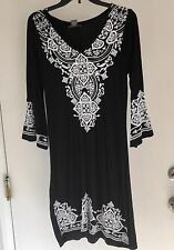 CHELSEA & THEODORE Size Large L BLK WOMANS FIT AND FLARE KNIT DRESS NWT