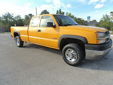 2004 Chevrolet Silverado 2500 Base Extended Cab Pickup 4-Door