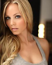 LAURA VANDERVOORT 10 x 8 PHOTO.FREE P&P AFTER FIRST PHOTO + FREE PHOTO.11