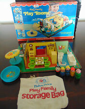 RARE FISHER PRICE LITTLE PEOPLE PLAY FAMILY 909 ROOMS PLAYSET IN BOX