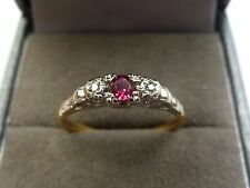 Vintage 18ct Gold & Platinum Ring with Ruby & Diamonds Size M 1/2