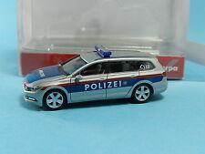 HERPA 092609 VW PASSAT VARIANT POLIZEI ÖSTERREICH 1:87