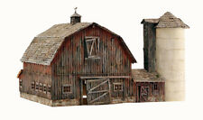 Woodland Scenics BR5038 HO Old Weathered Barn Structure Built-&-Ready