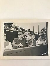 STEWART GRANGER & WIFE JEAN SIMMONS ORIGINAL CANDID VINTAGE HOLLYWOOD PHOTO