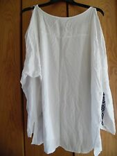 Ava & Viv  Woman's  White  Embroidered Rayon Cold  Shoulder  Tunic/ Top Sz.3X.