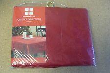 "NEW RED HOLIDAYS CHRISTMAS POINSETTIA 52""x70"" OBLONG TABLE CLOTH TABLECLOTH"