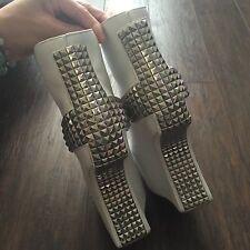 Jeffrey Campbell White Studded Silver Heelless Platform Lita Bootie Boots 8