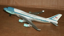 1/450 Scale Air Force One Diecast Model - Boeing 747  USA USAF Daron Model Plane