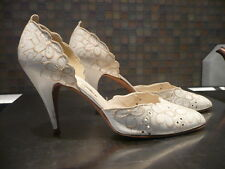 Vintage Stuart Weitzman Stiletto Peep Side Ivory Embroidered Pumps 8m 80's Disco