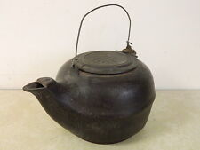 VINTAGE CAST IRON TEA KETTLE POT HEAVY LARGE PRIMITIVE COUNTRY OLD!