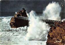 B53203 Biarritz Tempete au rocher de la Vierge   france