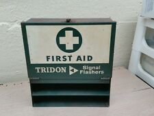 VINTAGE ADVERTISING TRIDON AUTOMOBILE FIRST AID KIT & FLASHERS BOX DISPLAY SIGN