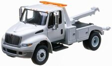 1/64 GREENLIGHT 2013 DURASTAR INTERNATIONAL 4400 TOW TRUCK