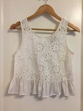 TOPSHOP White Crochet Lace Embroidered Flower Crop Tank Top Shirt Size US 6 S/M