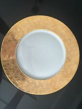 1 STOUFFER HUTSCHENREUTHER BAVARIA CHINA DINNER PLATE RAISED GOLD ENCRUSTED