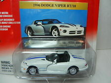 Johnny Lightning *CLASSIC GOLD*White 1996 Dodge Viper RT/10 *NIP*