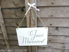 SHABBY JUST MARRIED WEDDING SIGN PLAQUE WITH LACE AND SILVER DECORATION