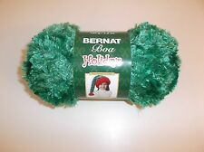 Bernat Boa Holiday Holly Green Brand New with Tag 1 Ball 129yrds 100g Bulky