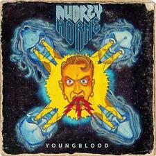 Youngblood (Limited First Edition inkl. 3 Bonustracks + Poster-Booklet) - CD