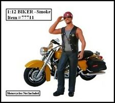 BIKER SMOKE FIGURE FOR 1:12 MODELS BY AMERICAN DIORAMA 77711