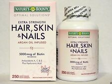 Nature's Bounty Hair Skin & Nails - Multivitamin 5000 mcg Biotin - 250 Softgels