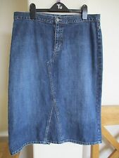 PER UNA LADIES MID BLUE CALF/KNEE LENGTH DENIM SKIRT, SIZE 14, EXCELLENT COND!!
