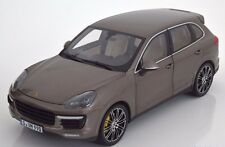 MINICHAMPS 2012 Porsche Cayenne Turbo S 92A Brown Metallic 1:18 *New!