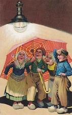 A6758) LAMPADINA PHILIPS 1/2 WATT, BAMBINI OLANDESI SOTTO UN OMBRELLO. VIAGGIATA