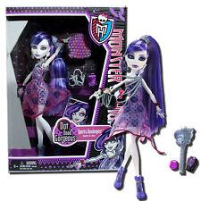 Monster High Dot Dead Gorgeous Spectra Vondergeist 11-Inch Fashion Doll -Mattel
