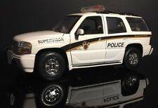 1/18 Welly Custom Made Montgomery County 2001 GMC Yukon Police Vehicle