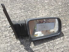 Peugeot 205 drivers side door mirror early & plus tard type tous les modèles fine used commande