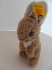 Steiff rabbit bunny small light brown/white   button and flag Germany 1342