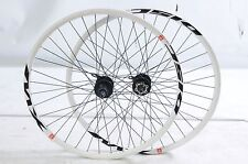 "PAIR 26"" MTB 8/9 CASSETTE SEAL BEARING DISC HUB BIKE WHEELS DUAL WALL RIMS WHITE"