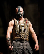 Tom Hardy UNSIGNED photo - D376 - The Dark Knight Rises