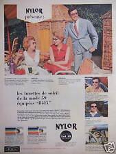 PUBLICITÉ 1959 NYLOR PRÉSENTE LES LUNETTES DE SOLEIL ÉQUIPÉ BI-FI - ADVERTISING