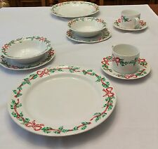 International Tableworks 20 pc Christmas Ribbons 157 Dinner Plate Saucer China
