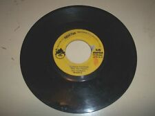 Peter Pan Records Vintage 1970s Snoopy's Christmas 45rpm Vinyl Record