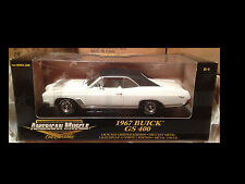 1967 Buick GS 400 WHITE w Black top 1:18 Ertl American Muscle 32964