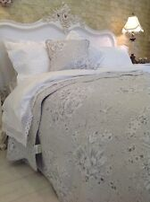 EXQUISITE SINGLE SIZE SOFT GREY FLORAL QUILT 100%  COTTON FRENCH  STYLE