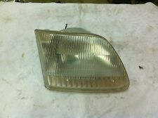 2001 ford expedition head light ( passenger side )
