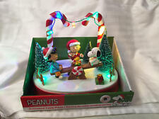 2016 Peanuts Christmas Animated Musical Table Piece Charlie Brown Snoopy & Lucy