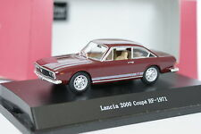 Starline 1/43 - Lancia 2000 Coupe HF 1971 Rouge