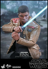 Hot Toys - Star Wars Episode VII Sixth Scale Action Figure Finn 30 UVP: 269,00 €