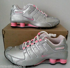 NIKE SHOX EU NZ METALLIC SILVER/PINK RUNNING SHOES WOMENS U.S SIZE 10 NIB