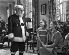 """New 8x10 Photo: Maureen O'Hara and Natalie Wood in """"Miracle on 34th Street"""""""