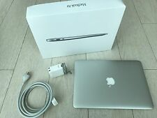 Apple MacBook Air 13-inch Laptop (1.6GHz Core i5,4GB RAM,128GB SSD)