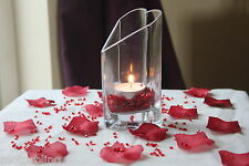 2000 x  RED 4.5MM DIAMONDS + 100 RED ROSE PETALS VALENTINES TABLE DECOR